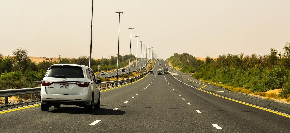 Safe Driving Tips in Dubai | Driving in Dubai | Al Emad Rent a Car